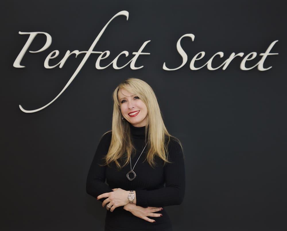 Perfect-secret-Violetta